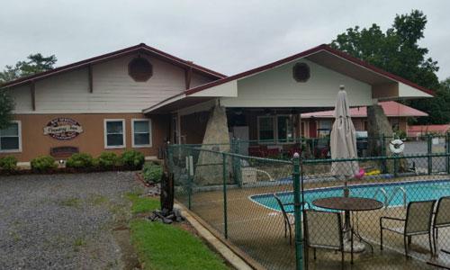 Motel Accommodations in Centre, AL